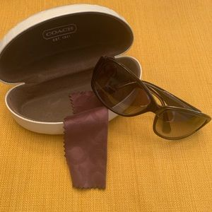New Without Tags Coach New York Crystal Sunglasses
